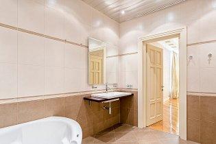 ванная комната в элитной квартире