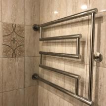 полотенцесущитель в ванной