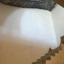 лестница на цокольный этаж