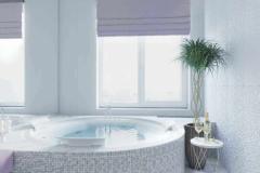 Ванная у окна