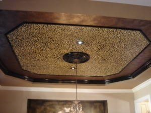 облицовка потолка деревом