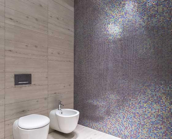 укладка мозайки на стену
