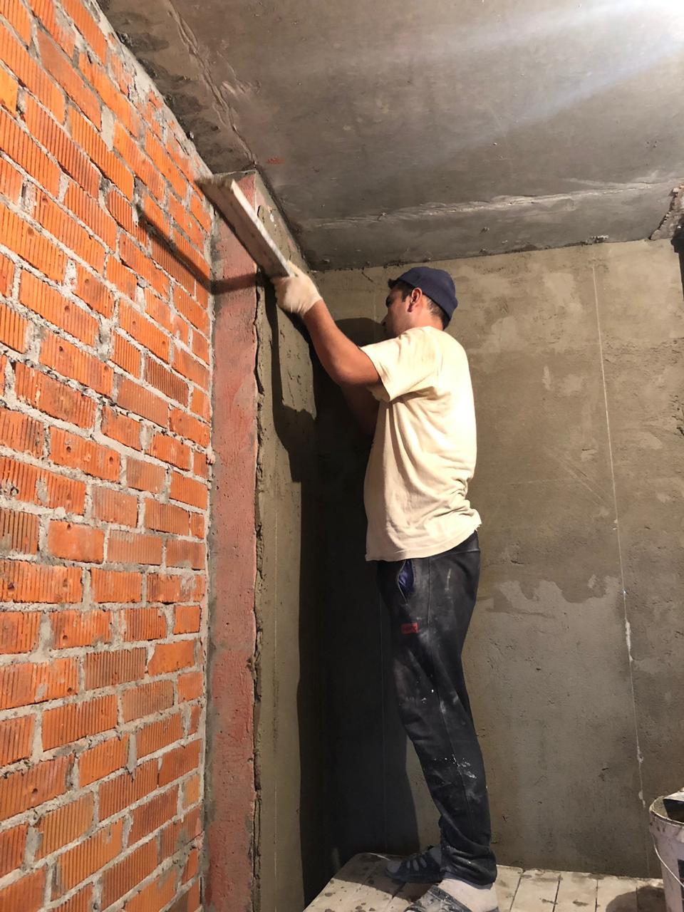 штукатурка стен в санузле