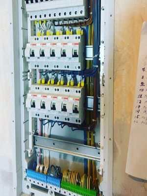 Правильная сборка электрощита в квартире